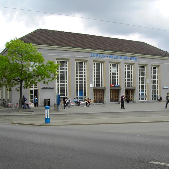 Sanierung SBB Bahnhof, Wiedikon
